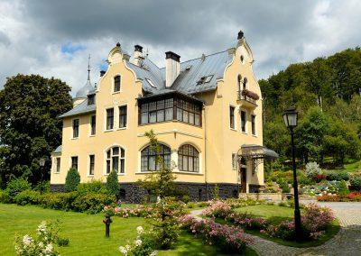 53. Villa Elise